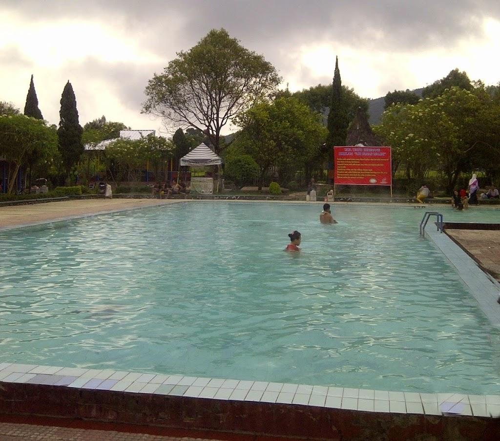 wisata pemandian air panas walini bandung