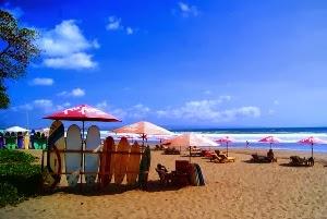 1424546323_Pantai-Seminyak-Bali.jpg