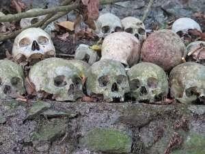 tempat wisata bali kuburan trunyan