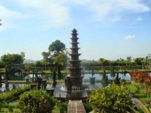 Tempat Wisata Tirta Gangga di Bali