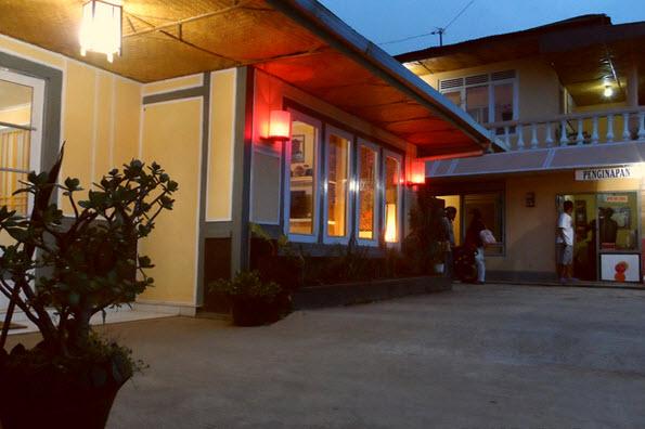hotel asri - salah satu penginapan di dieng yang murah