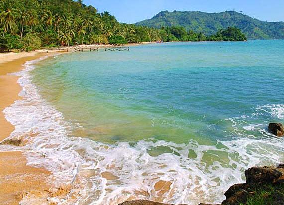 pantai popoh di wisata tulungagung