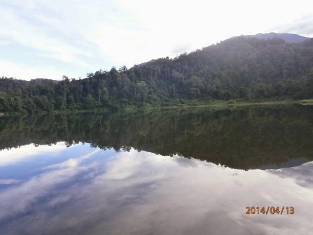 danau di gunung sukabumi