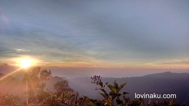 pemandangan sunrise di bukit pananjakan